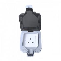 WOOX smart outdoor plug UK-R4051